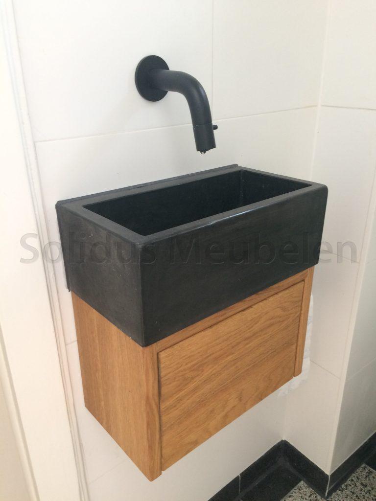 Toilet Wasbak Met Hout.Fontein Maatwerk Solidus Meubelen